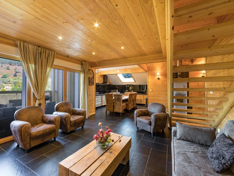 Gite 8 A 10 Personnes A Ventron 4 Chambres Piscine Interieure Chauffee Sauna Fitness Vacances Nature Ski Proche La Bres Piscine Interieure Gite La Bresse