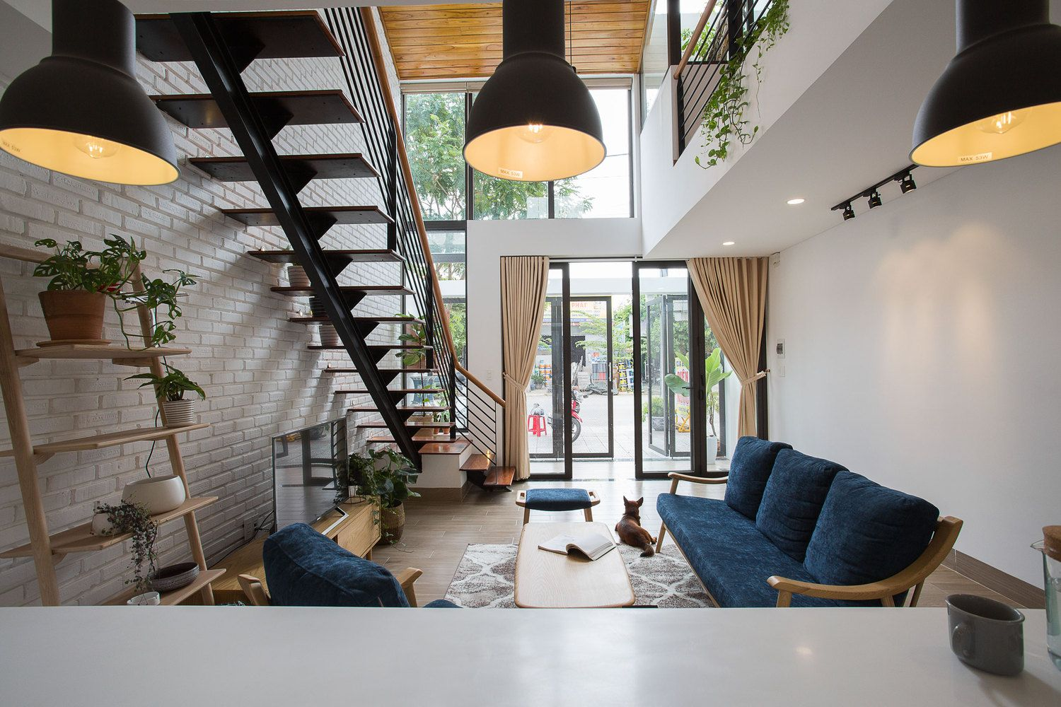 Gallery Of Minimalist House 85 Design 12 In 2020