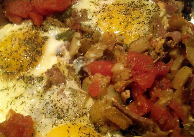 Breakfast Skillet Recipe -  Yummy this dish is very delicous. Let's make Breakfast Skillet in your home!