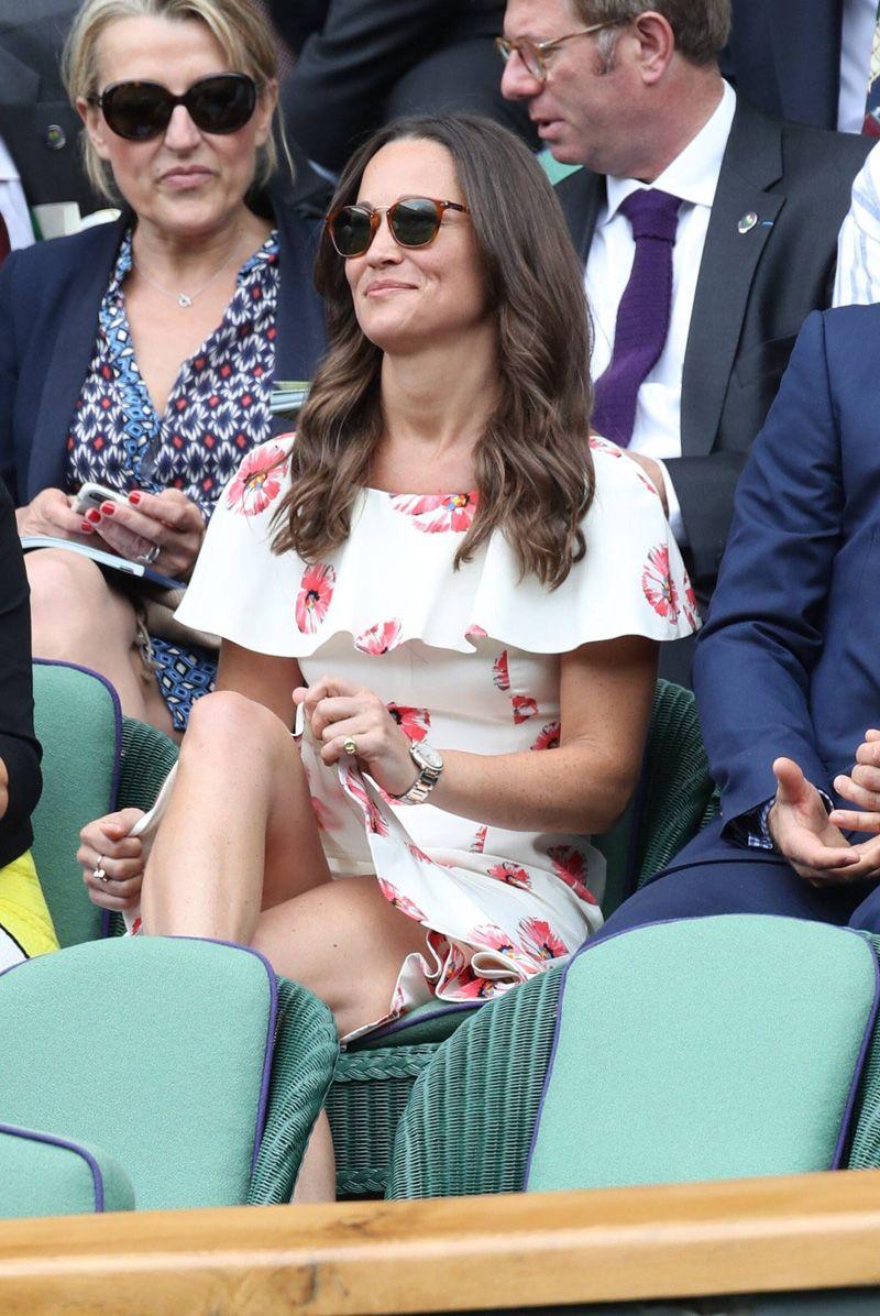 Duchess of york upskirt photos