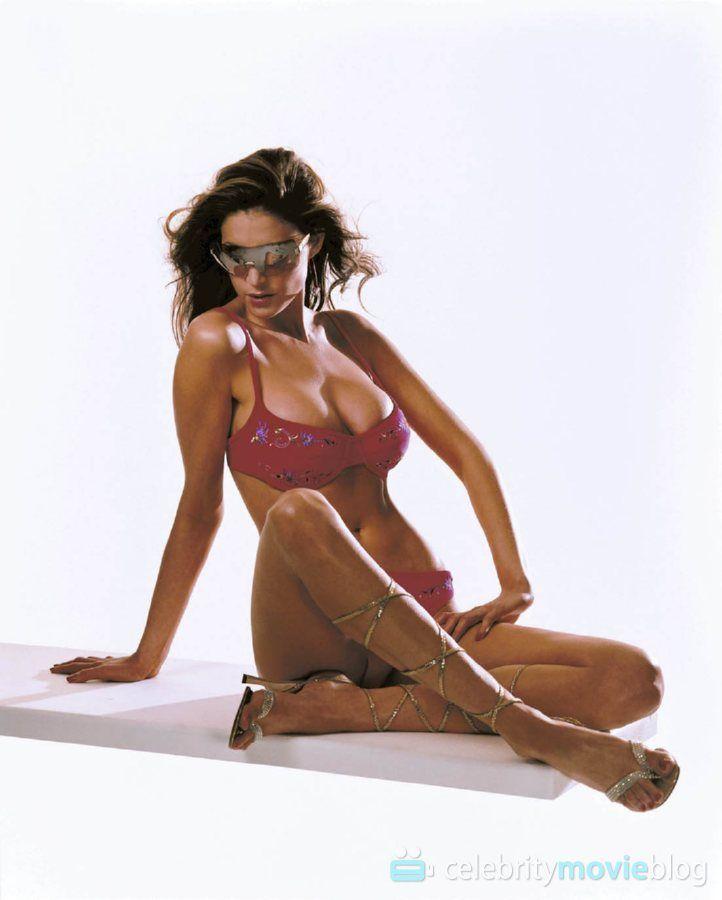 ICloud Lisa Snowdon nude (64 foto) Sexy, Instagram, lingerie