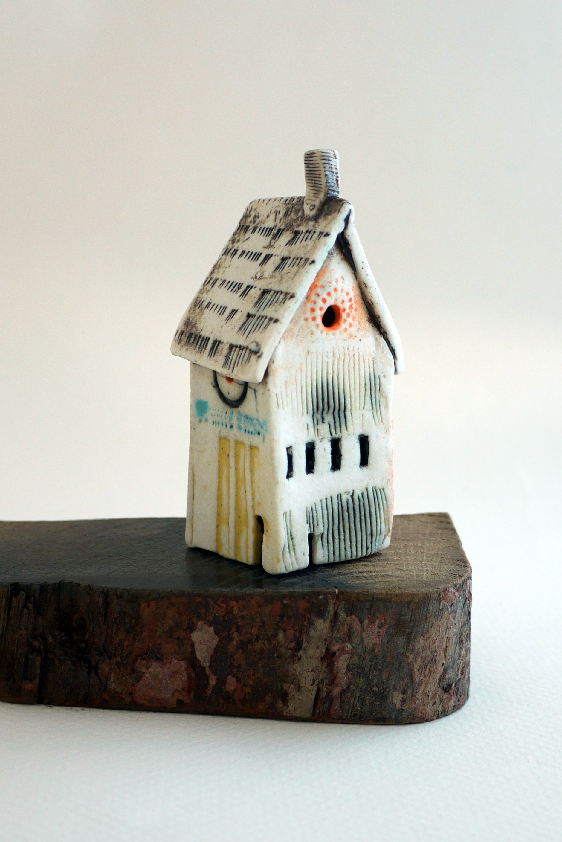 tiny dwellings made to order from shirley vauvelle shirleyvauvellehotmailcouk - Tiny Dwellings