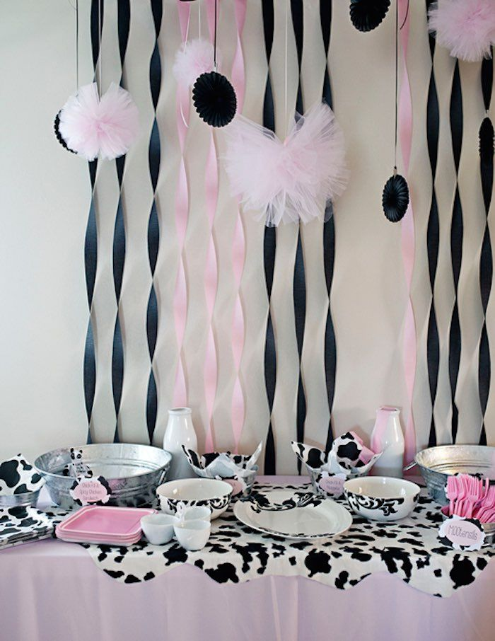 MooMoos & TuTus Themed Birthday Party via Kara's Party Ideas KarasPartyIdeas.com Cake, party supplies, banners, cupcakes, tutorials, giveaways and more! #cowparty #tutuparty #moomoosandtutus #cowbirthdayparty #girlpartyideas #cookiesandmilk #milkandcookies #karaspartyideas #partyplanning #partydesign (21)