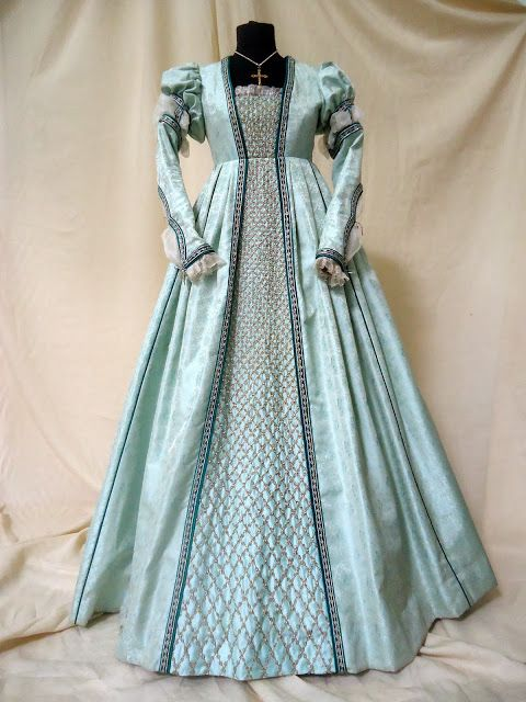 renaissance dress kleid pinterest viktorianische kleider mittelalter und renaissance kleider. Black Bedroom Furniture Sets. Home Design Ideas