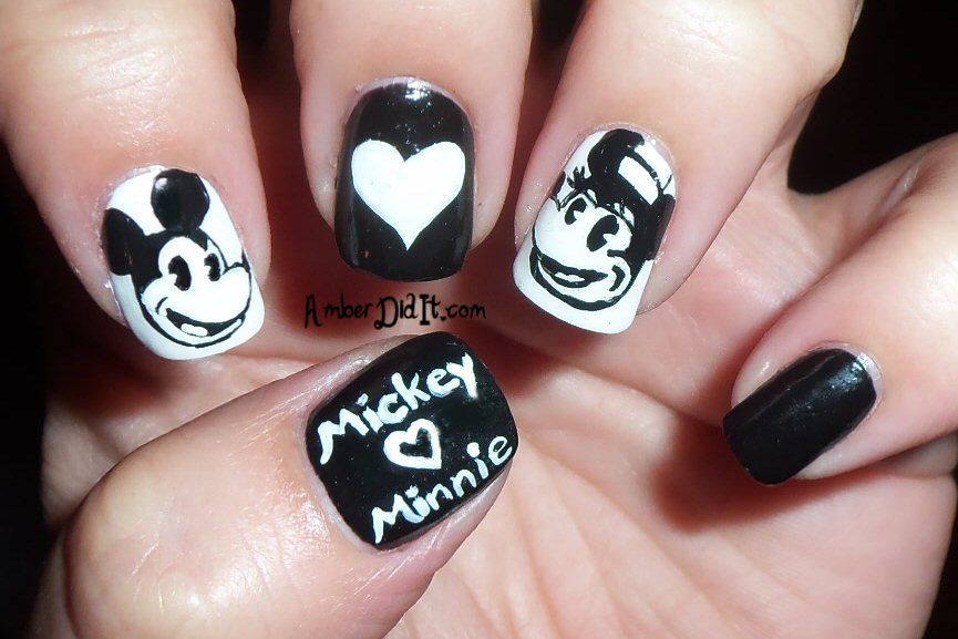 Monochrome~Mickey Loves Minnie   Cool Stuff ;) Beauty & Health ...