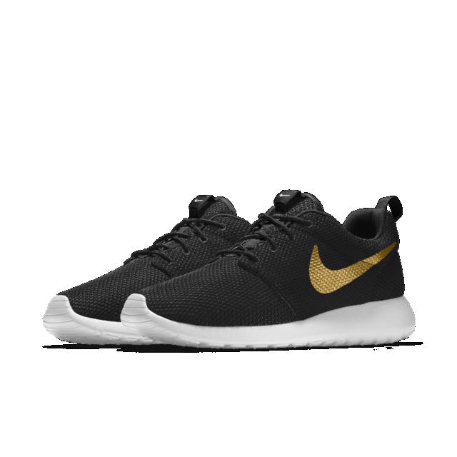 0ac633ce Nike Roshe One Essential iD | Fresh Kicks | Sneakers nike, Nike ...
