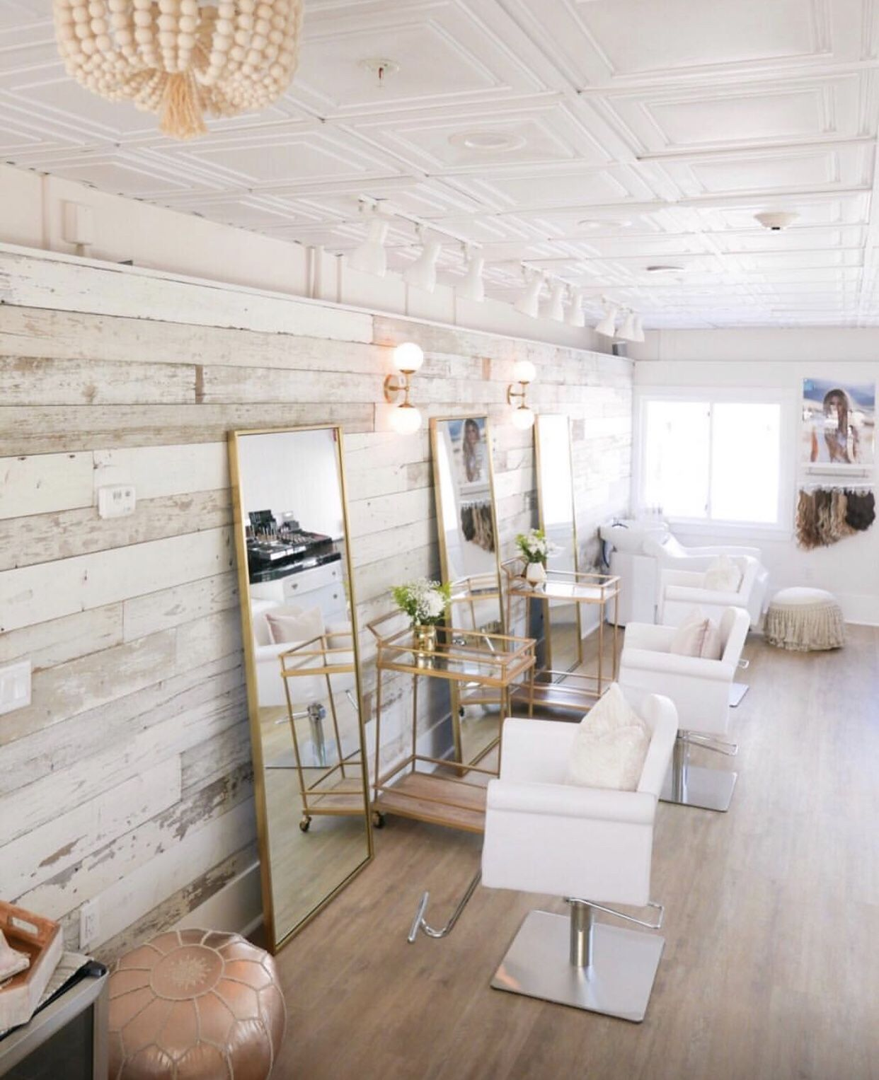 1x8 Wood Accent Wall: Gorgeous Reclaimed Wood Wall Using Our Chippy White