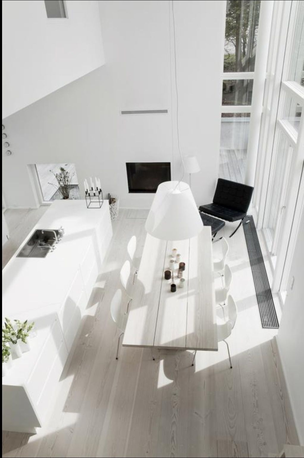 Light filled and spacious scandinavian living room