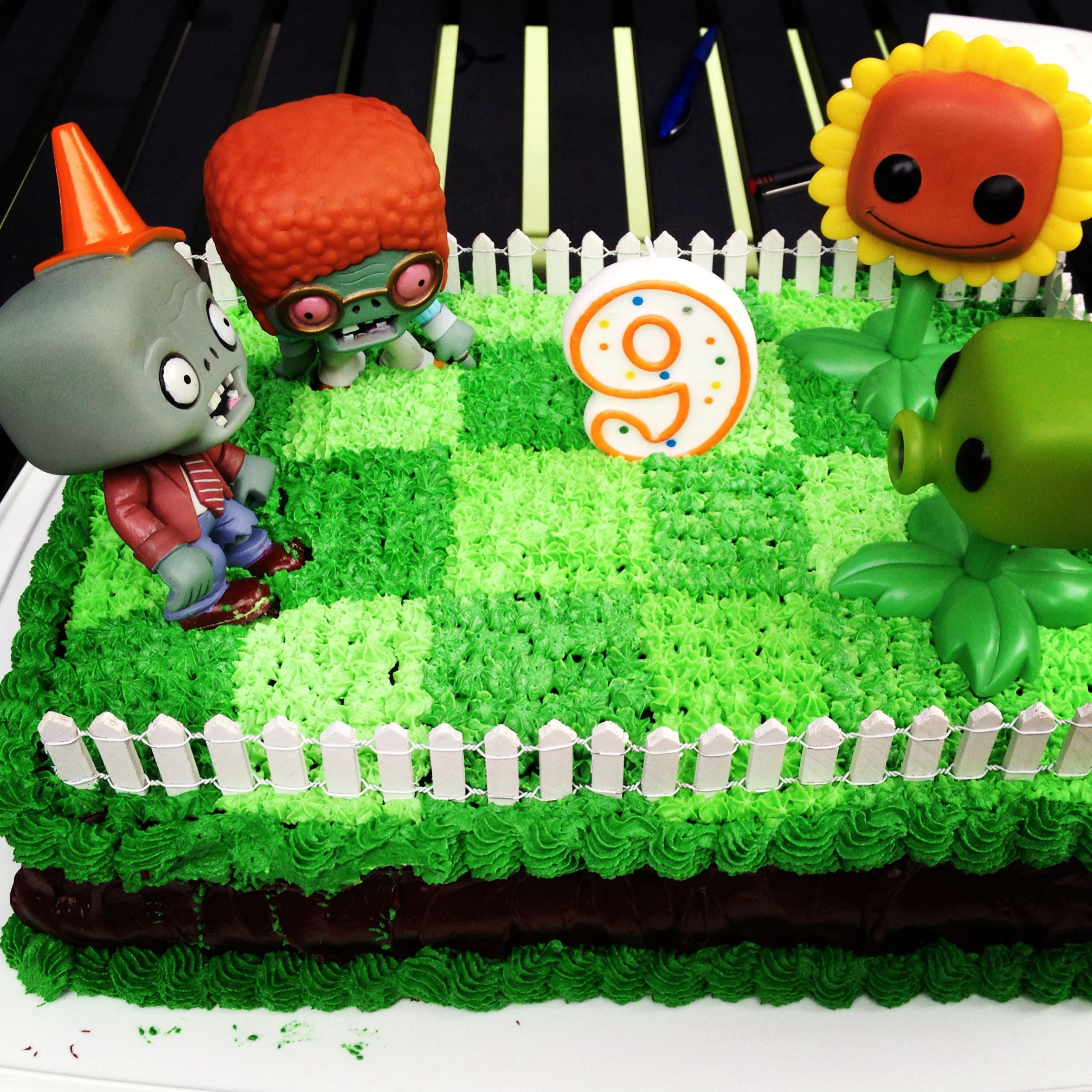 This Image Was Originally Uploaded To Easy Plants Vs Zombies Cake