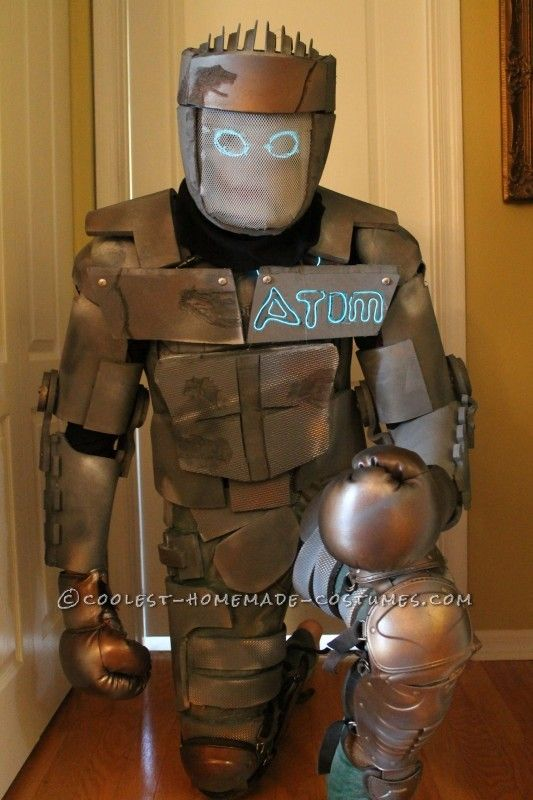 Homemade Atom Robot Costume from Real Steel. & Homemade Atom Robot Costume from Real Steel   Pinterest   Real steel ...
