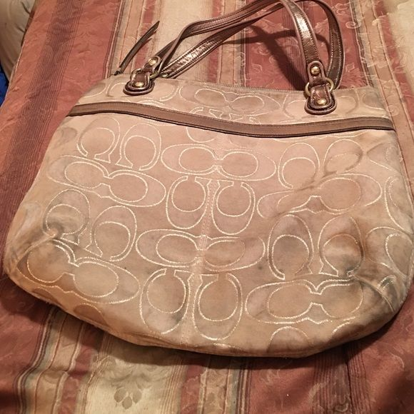 Coach Purse Old Has A Few Stains Price Will
