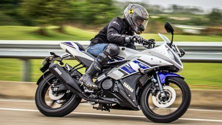 Yamaha Yzf R15 V2 Review Yamaha Yzf Yamaha Motorcycle News