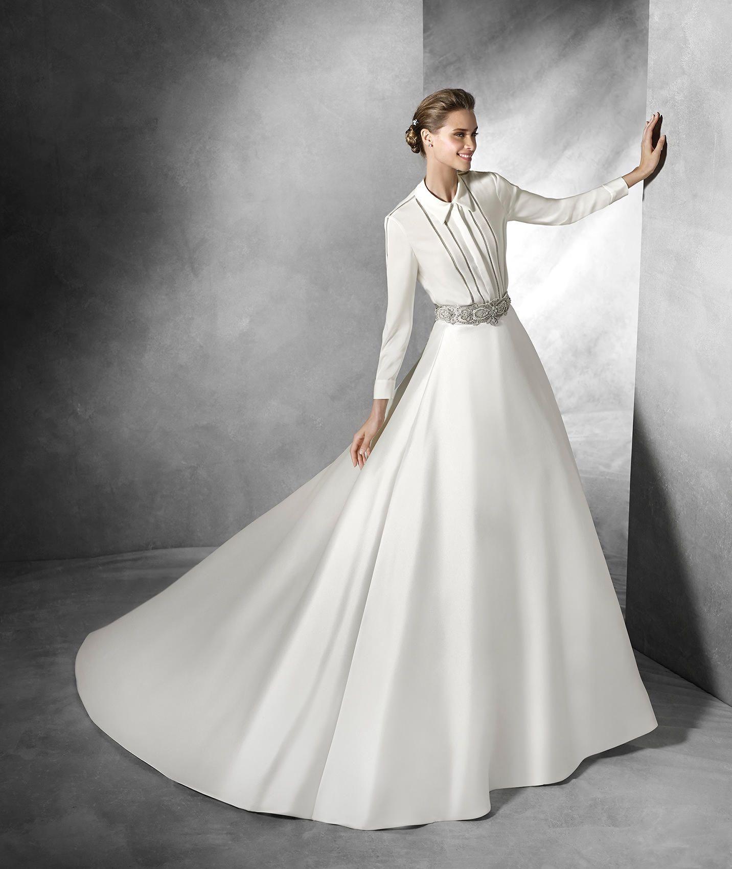 saja chemises manches longues en crêpe wedding dress