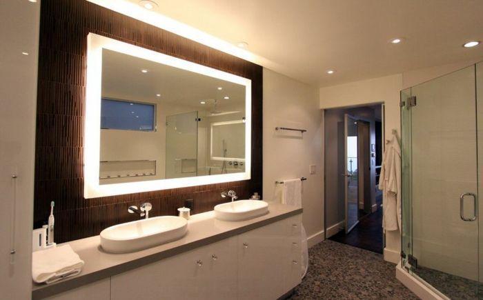 Badspiegel mit Beleuchtung sind praktische Accessoires #accessoires - badezimmerspiegel mit led