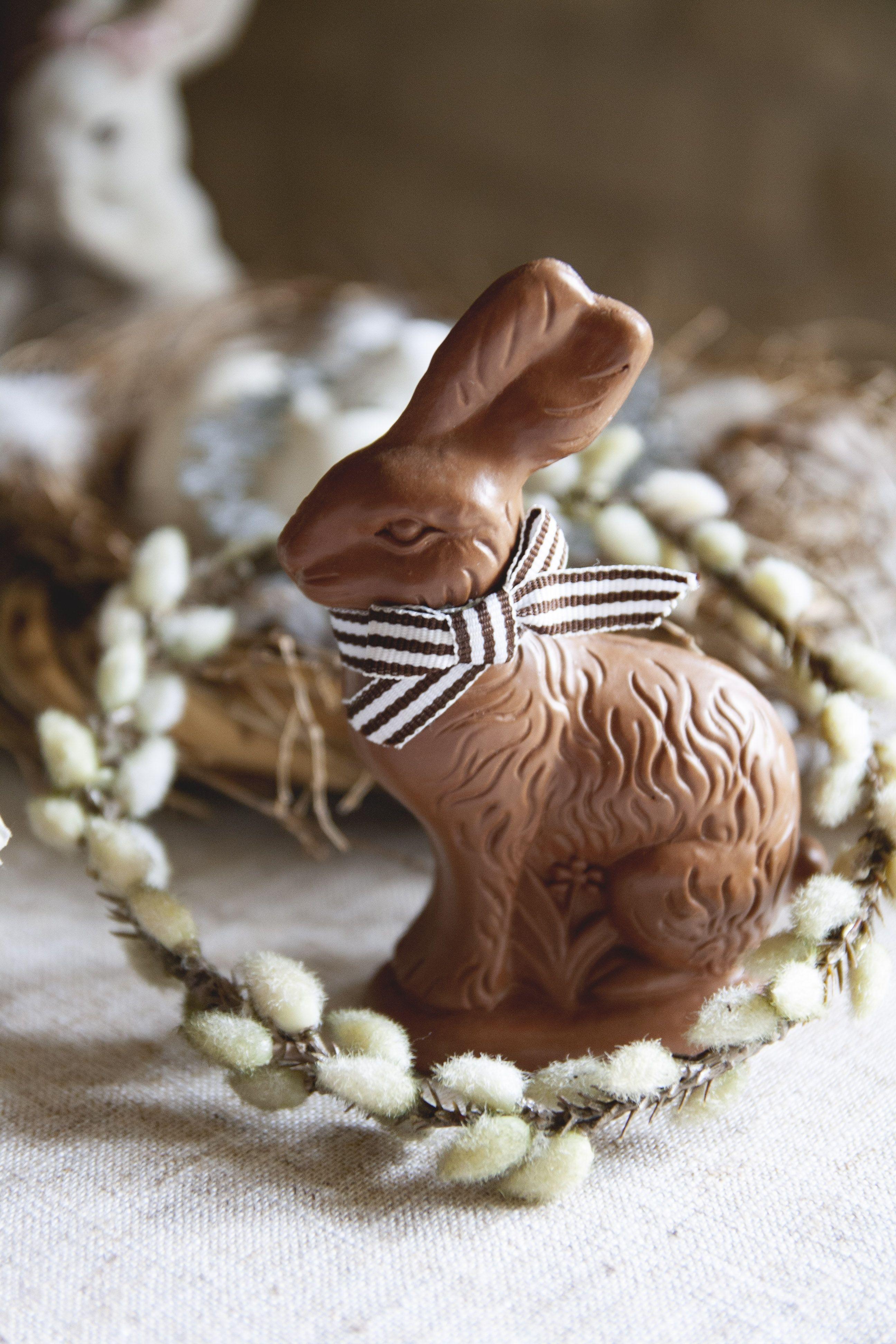 Evelyne Warchol Le Bonheur A La Campagne Guest House Chambres D Hotes Champagne Ardenne Printemps Spring Decor Easter Deco Deco Paques Deco Instagram