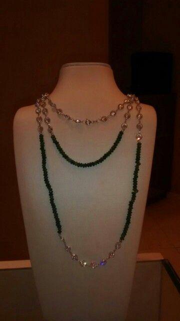 Colar de jade com cristais