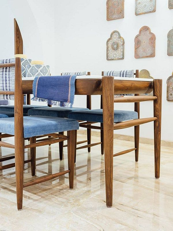 The Teak Wood Furniture In This Home Combines Traditional Purpose Modern Lifestyle Dress Your Home Teak Wood Furniture Dining Table Design Furniture