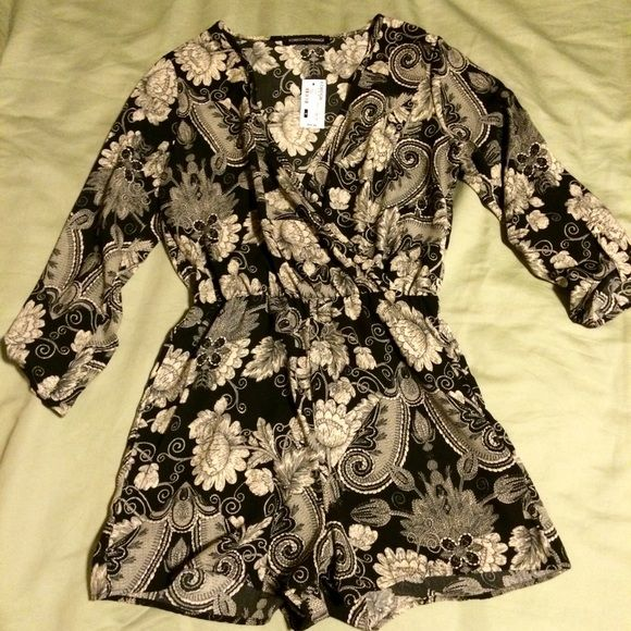 Foreign Exchange | Paisley romper | NWT, Small Foreign Exchange | Black and gold paisley romper with cuffed button sleeve | NWT, Size Small Foreign Exchange Other