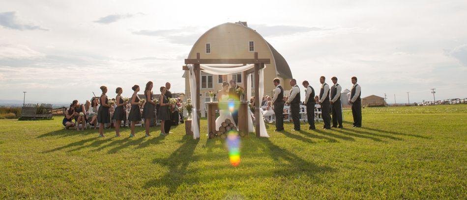 Bozeman Montana Outdoor Wedding Ceremony Big Yellow Barn Amelia Anne Photography