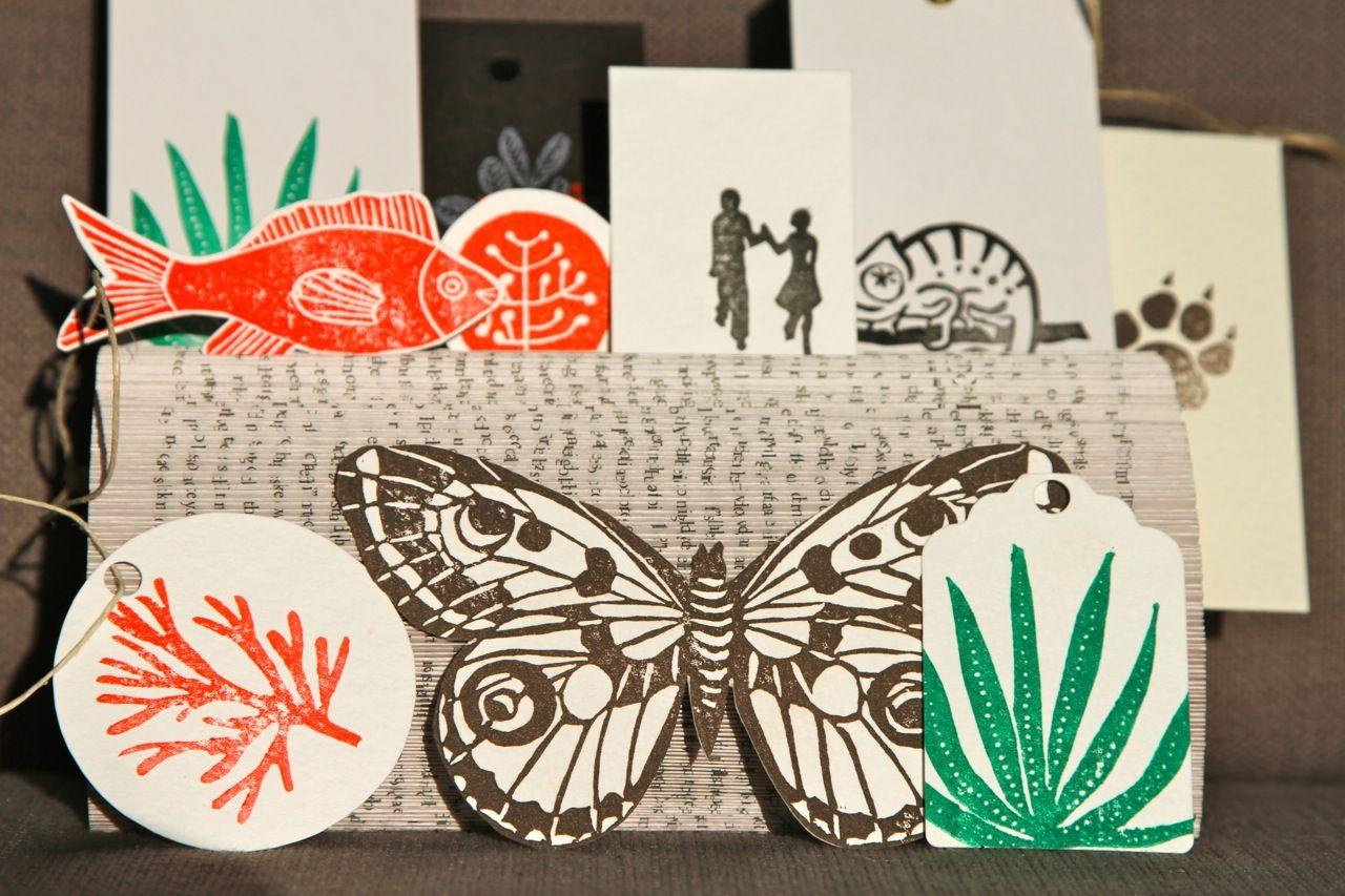 Taschenbuch als Halterung für Stempelkunstwerke / Paperback as showroom for stamp art / Upcycling