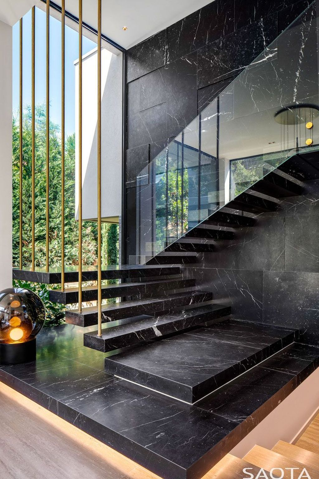 33 Beautiful Home Stairs Design Ideas With Modern Style Home