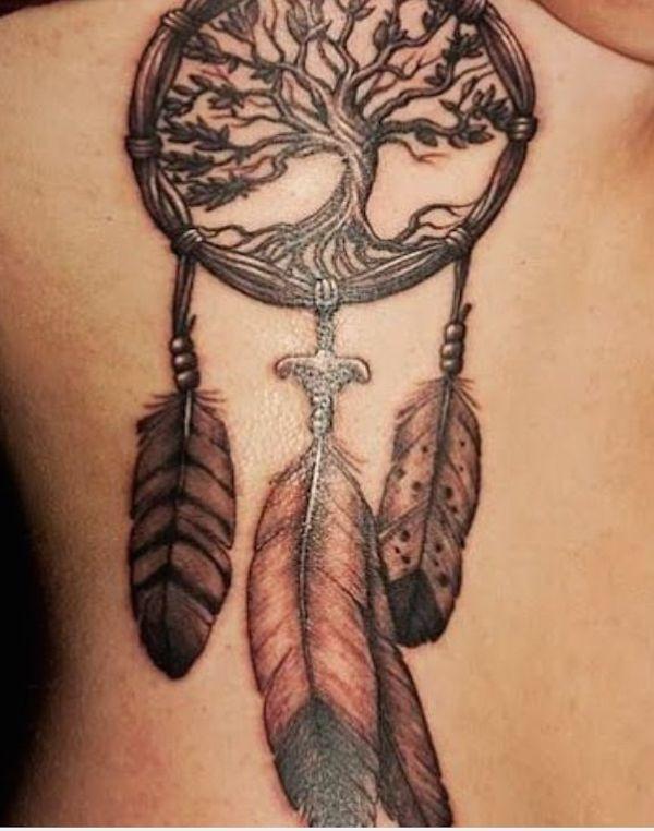 tatouage indien attrape reve femme avec arbre de vie | tatouages