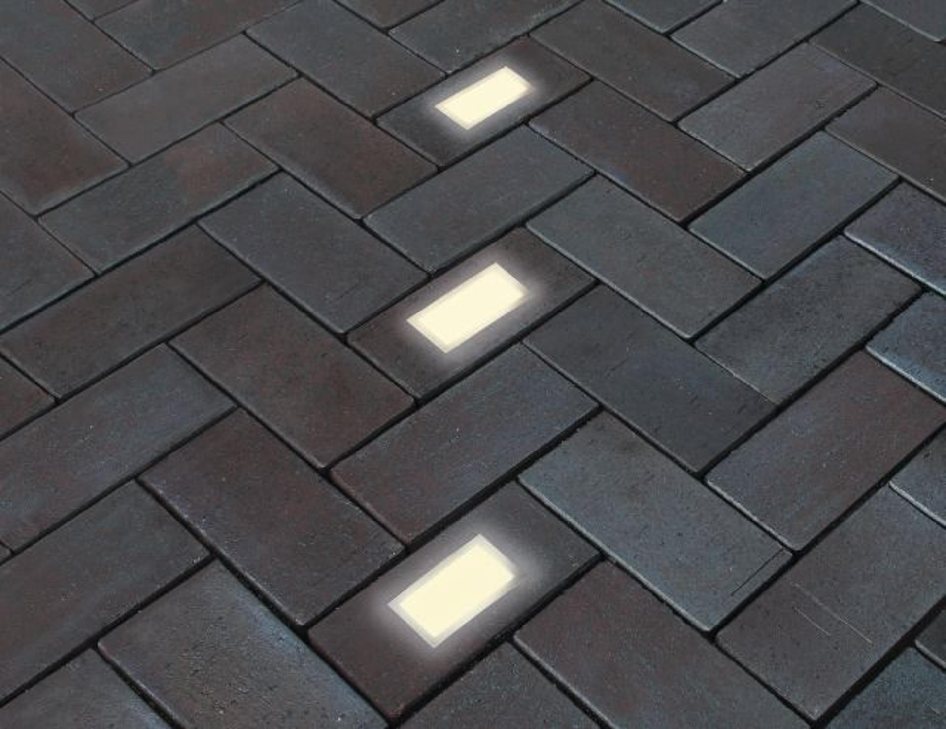 Penter Led Light Elements The Clay Pavers Are Equipped With A Light Emitting Diode Led Which Generates A Pleasant Matt Whit Klinker Pflaster Penter Klinker