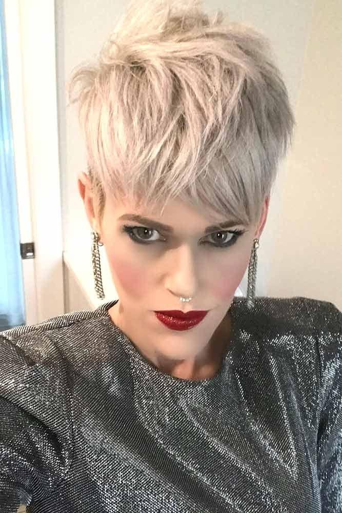 21 Pixie Haircut Examples To Charm Anyone Pelo corto, Cortes pixie