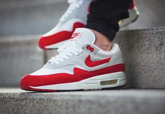 a55f62c1f3e Nike Air Max 1