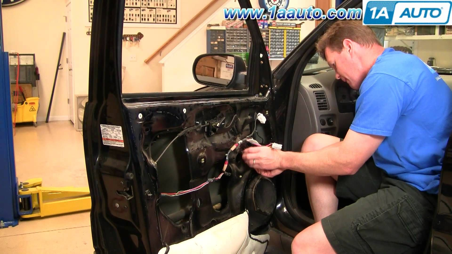 Cool How To Install Replace Front Power Window Regulator Ford Escape Mercury Mariner 01 07 1aauto Com Ford Escape Repair Videos Installation