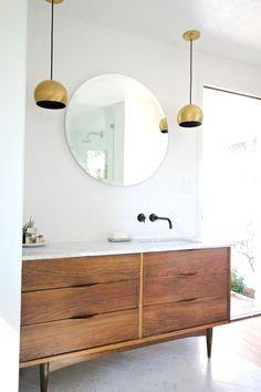 Vintage Kast Met Marmer Plaat Bathroom Badkamer