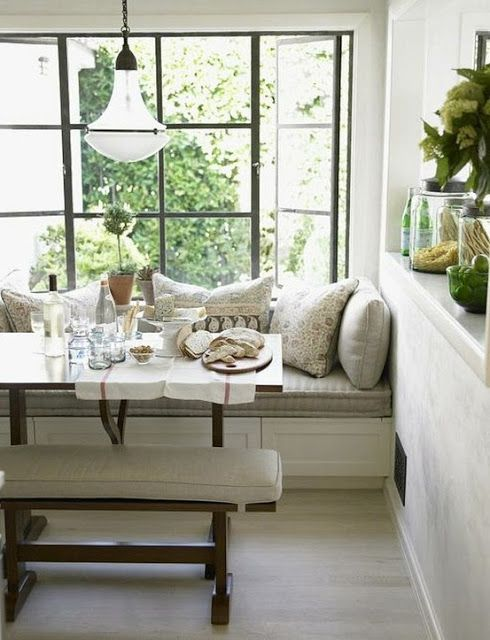 Want A Seating Area For Breakfast Nook In Front Of Large Low Lying Bay Window And