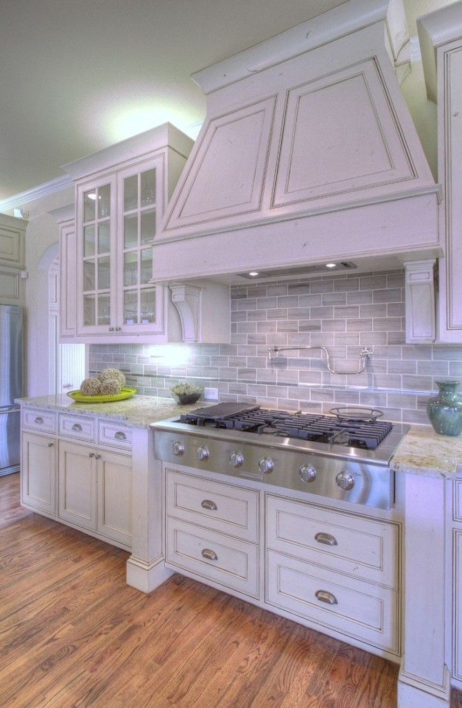 good storage beneath the range for pots and pans | Kitchen ...