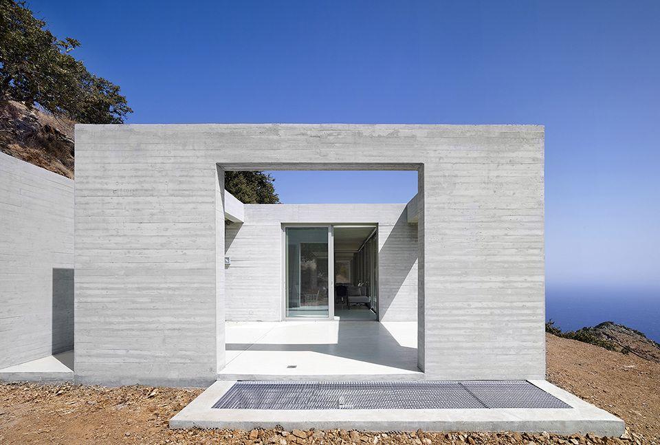 Parallel House ERA Concrete house, Arch house