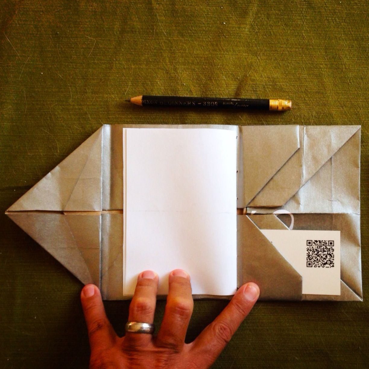 """#origami Card Holder/Wallet. This has many uses (card holder, pamphlet cover).  Clicking through also shows a """"true wallet"""". Design: Hedi Kyle"""