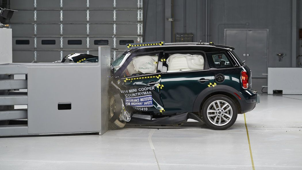 The Mini Countryman Is The Top Rated Iihs Safety Pick Small