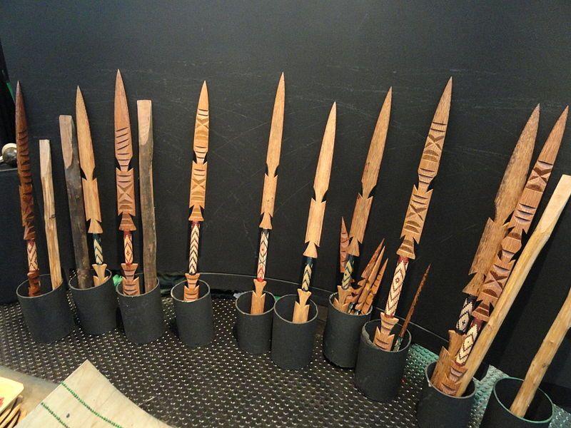 Artesanato Halloween Eva ~ Pataxó spears Memorial dos Povos Indígenas Brasilia DSC00557 Arte indígena brasileira