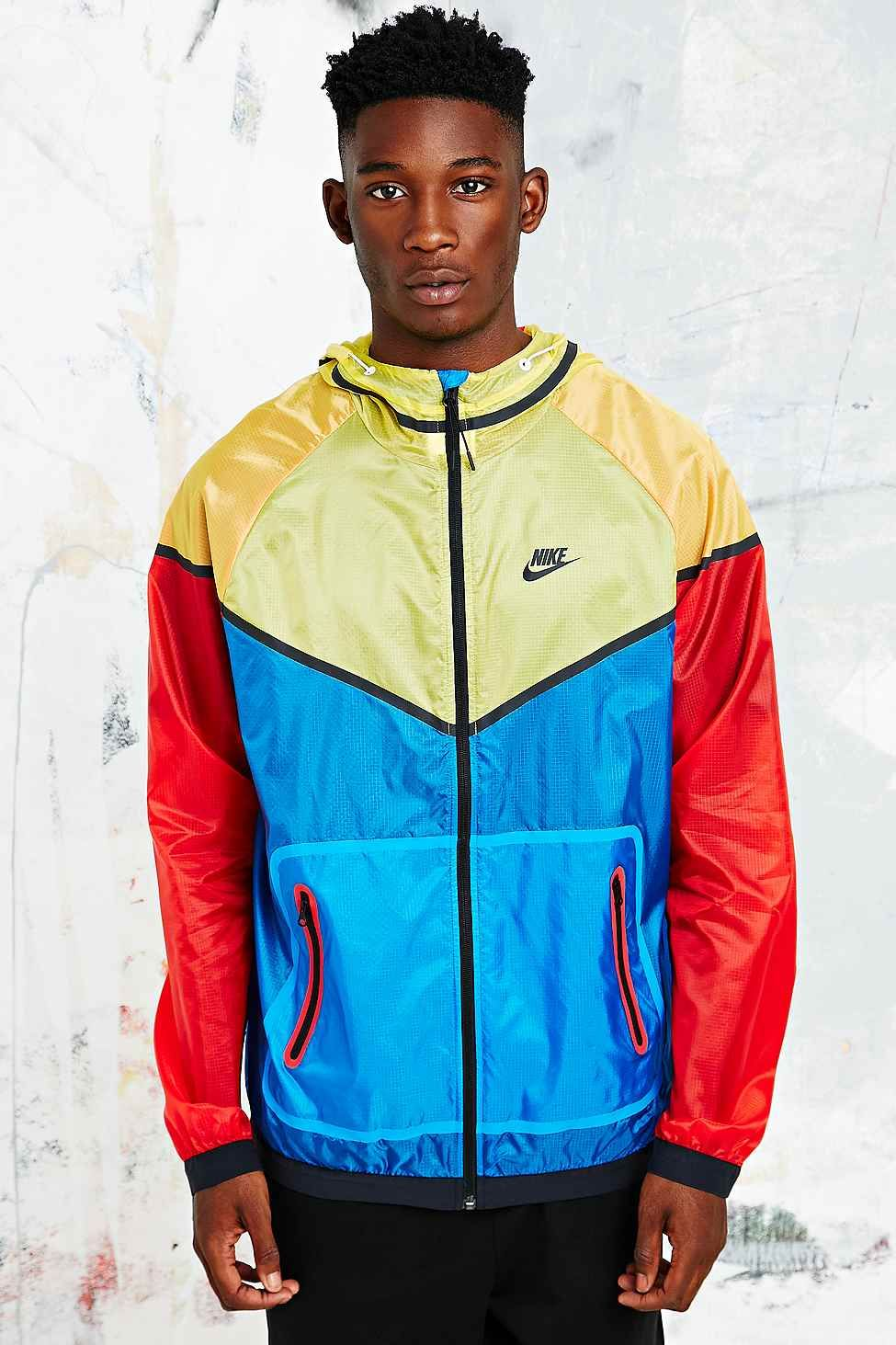 Nike Hyper Windbreaker Jacket in TriColour Windbreaker