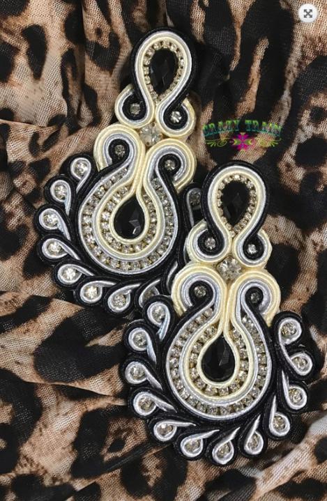 Bold Streak Black & White Earrings