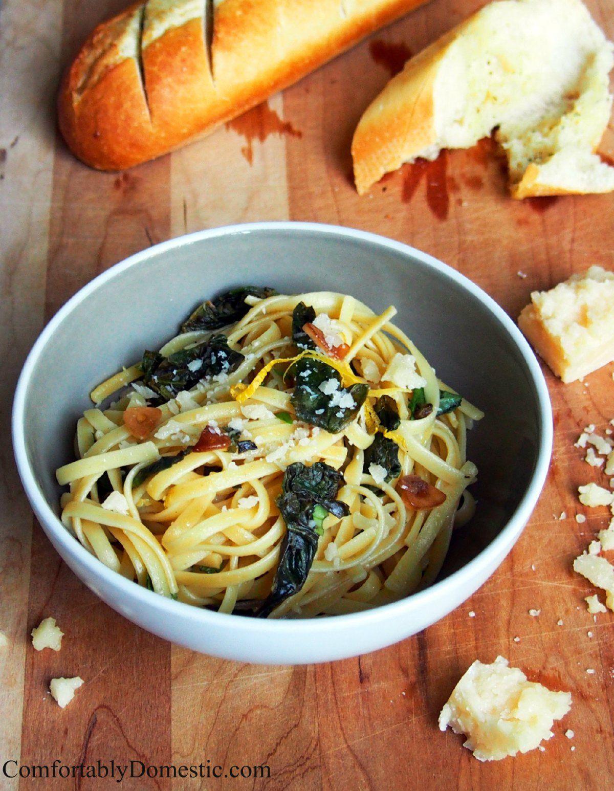 Lemon-Garlic Linguine with Kale   ComfortablyDomestic.com
