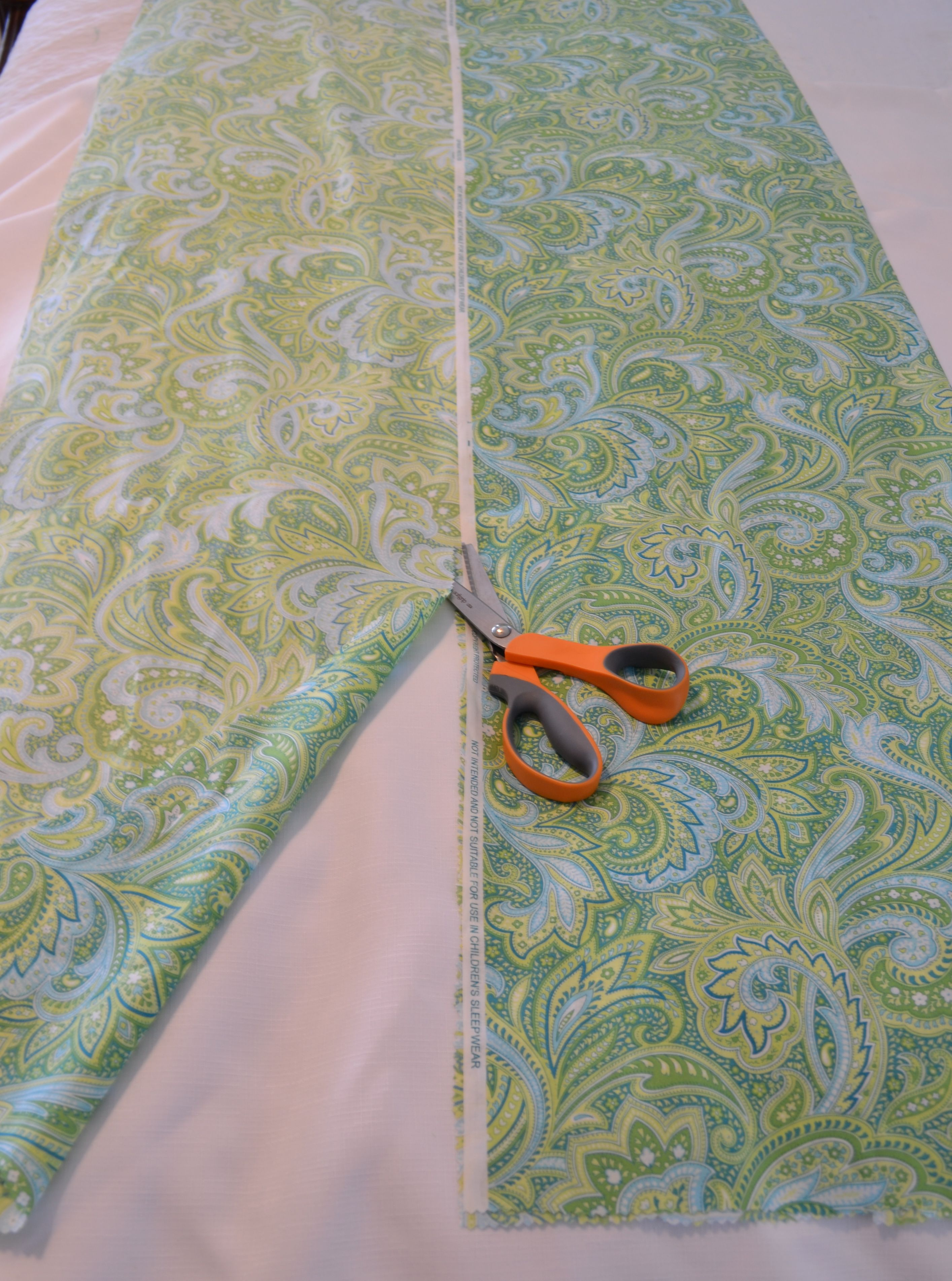 How To Make A Fabric Table Runner Easy Diy Home Sewing Project Fabric Table Runner Diy Table Runner Wedding Table Runner Diy