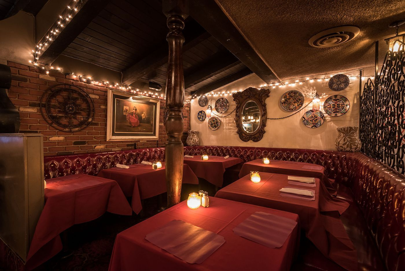 Pin By Cat Smith On Los Angeles Bars And Restaurants In 2020 Los Angeles Bars Los Angeles Restaurant