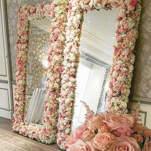 Decorate A Mirror Frame With Flowers