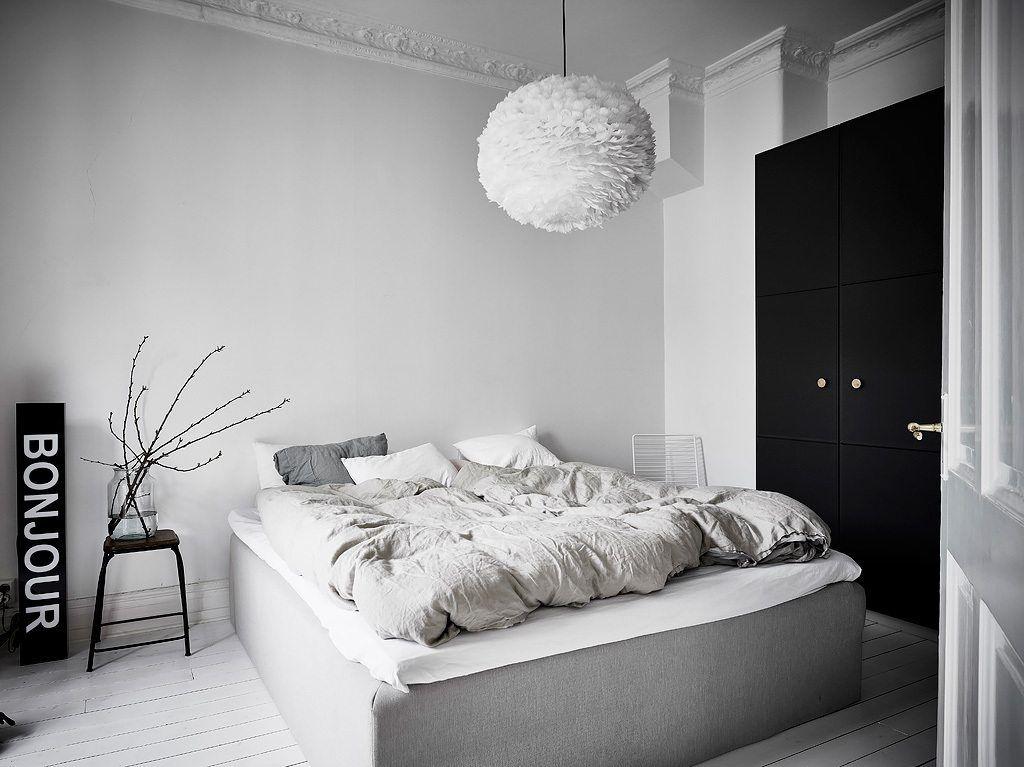 Slaapkamer Groen Wit : Mooi en klein scandinavisch appartement met groen grijze muren