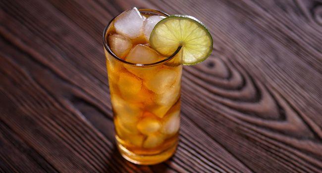 Conheça os ingredientes e o modo de preparo da bebida refrescante
