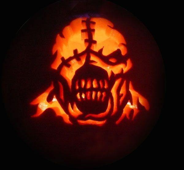 scary halloween pumpkin carving 5 30 best cool creative scary halloween pumpkin carving - Cool Halloween Pumpkin Carvings