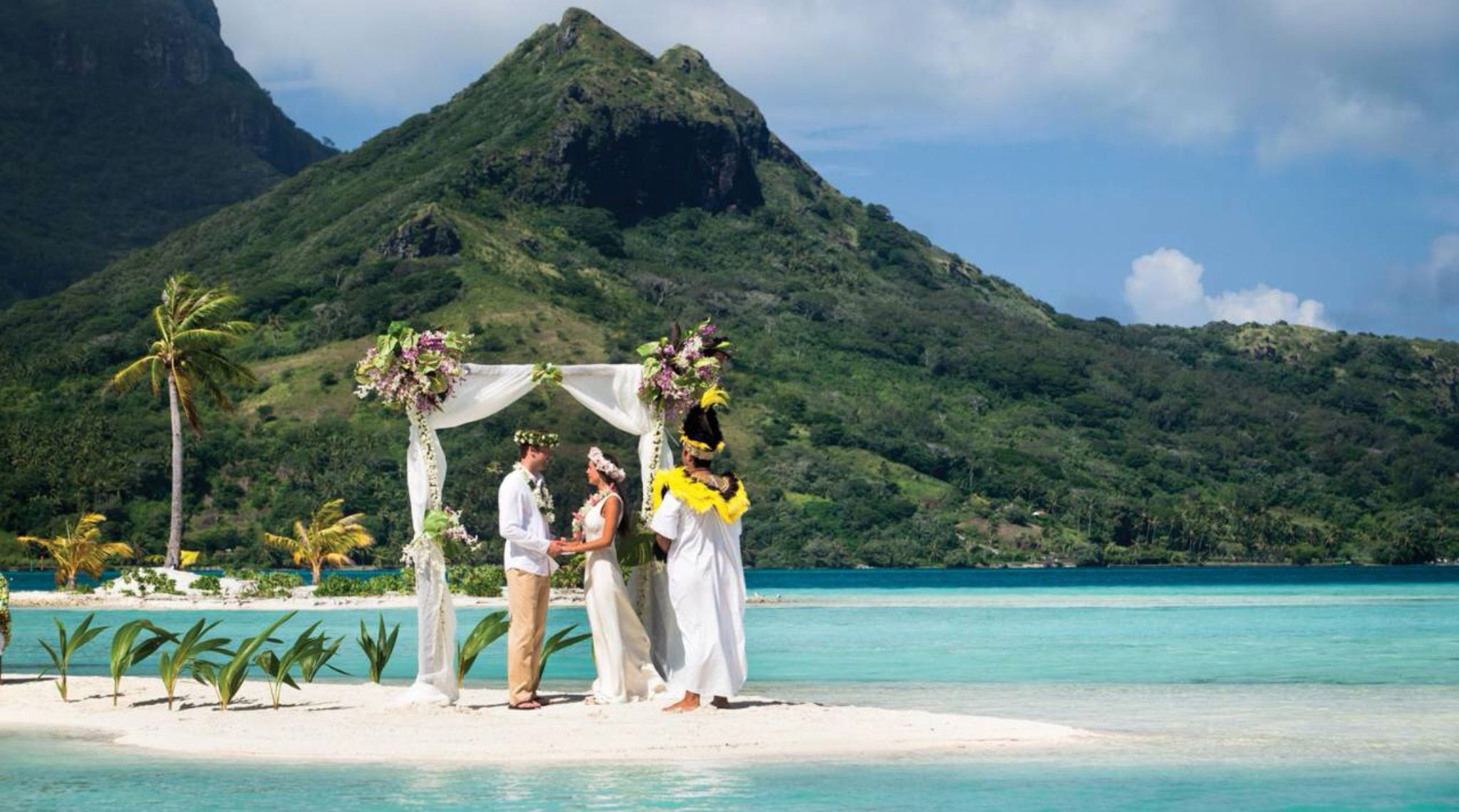 Four Seasons Bora Offers A Variety Of Wedding Packages On This Idyllic Island Which Some The Most Romantic Spots In World