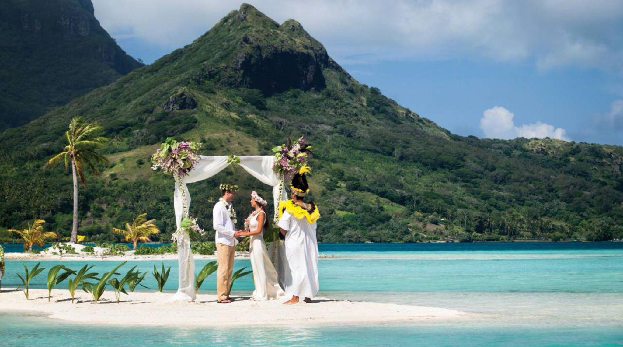 Destination wedding packages tahiti