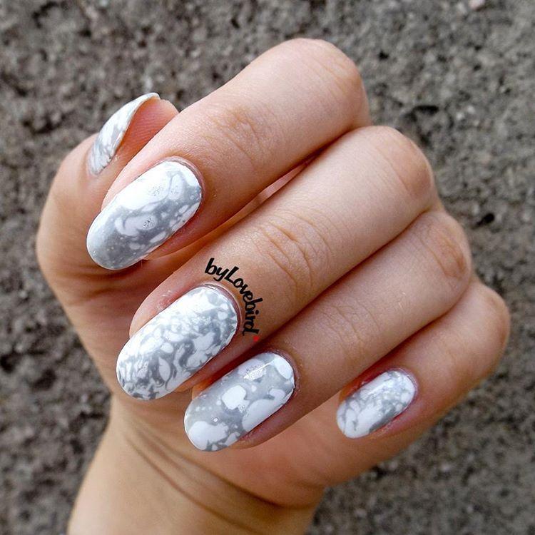 Easy stone marble nail art . Full tutorial here: https://www.youtube ...