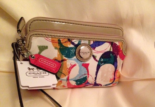 New Coach Poppy Stamped C Double Zip Wristlet. Starting at $10 on Tophatter.com!